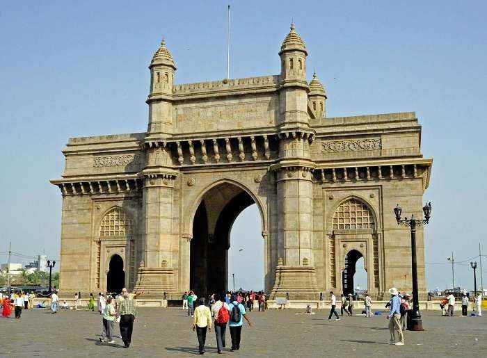 भारत के प्रसिद्ध स्मारक और किले