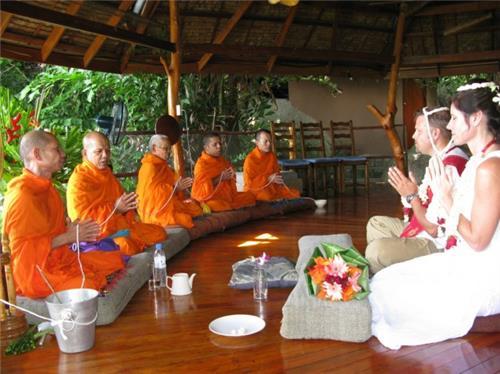 Buddhist Wedding Customs in India