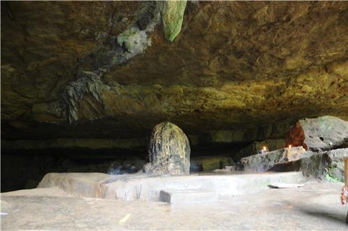 Mawjymbuin Cave in Mawsynram