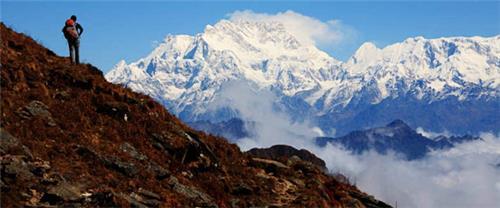 Trekking in Kachenjunga