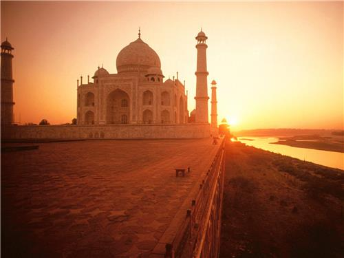 Top 10 places to see in India