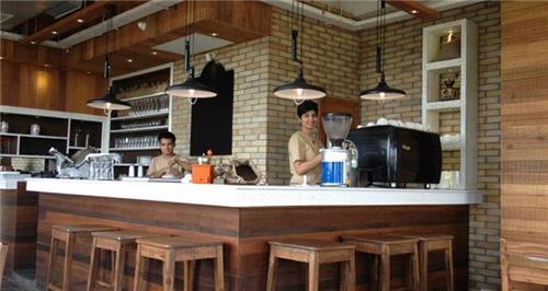 Aap ki Pasand gallery and tea bar