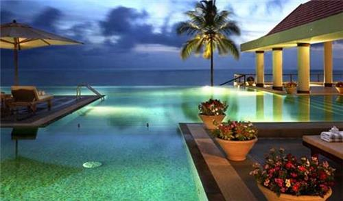 Kovalam leel for corporate holidays in India
