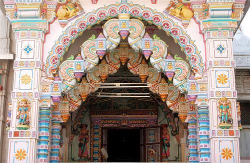 Shantinath Mandir Jain Temple Jamnagar