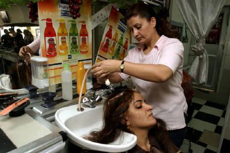 Beauticians in Dumka