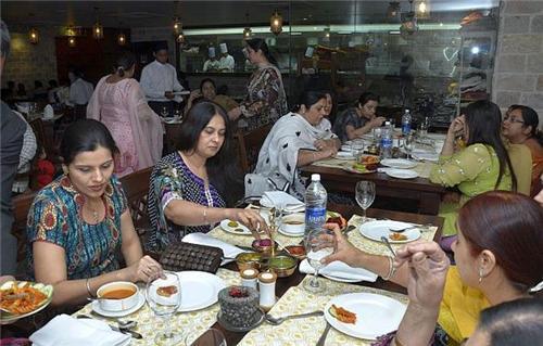 Restaurant in Jharia