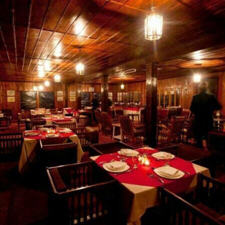Gulmarg   Restaurants