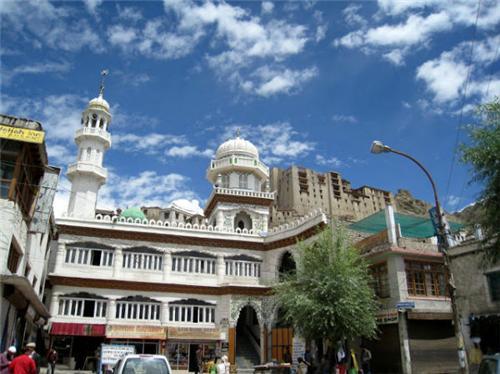 Mosques in Jammu Kashmir
