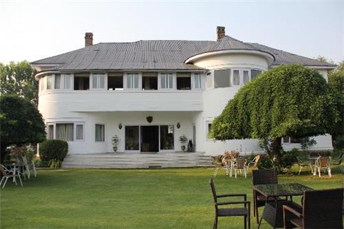 Famous Heritage Hotels in Jammu and Kashmir