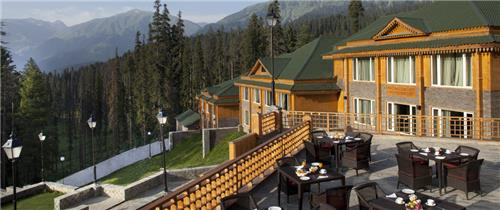 Dining in The Khyber Himalayan Resort