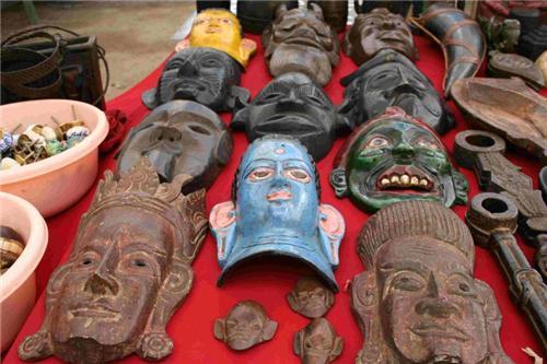 Artifacts in Leh