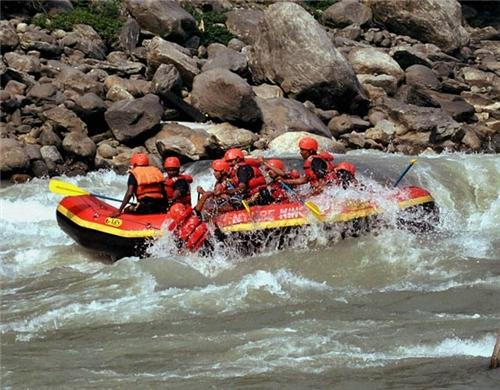 White Water Rafting in Leh