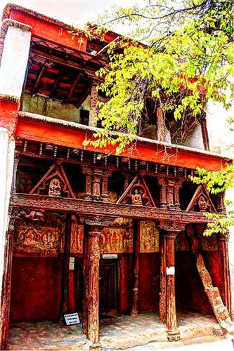 Sumtseg in Alchi Monastery