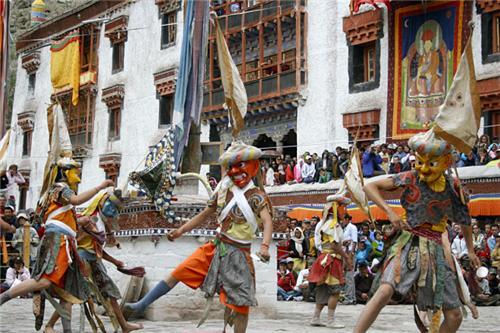 Dosmoche Festival in Leh