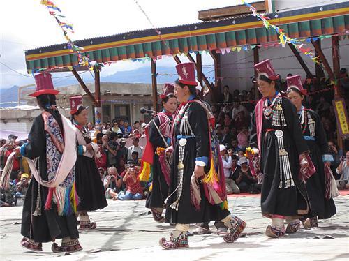 Performance during the Ladakh Festival