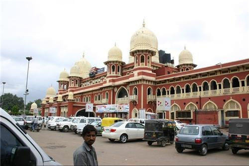 How to Reach Kanpur By Train