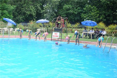 Swimming Classes in Kanpur
