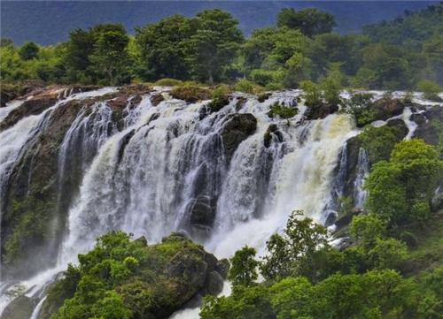 Shivanasamudra Falls near Tumkur