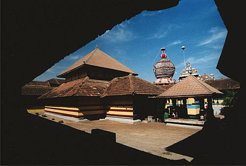 chandramouleshwara temple is one of the most devoured shiva temples in