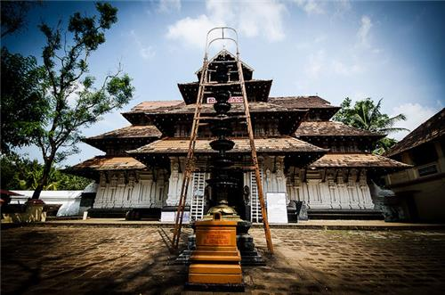 Thirurangadi to Thrissur