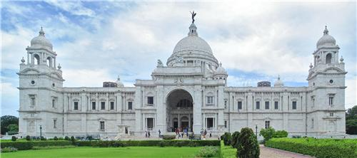 Victoria Memorial Hall , Kolkata