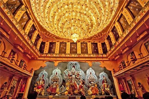 Most popular puja pandals in Kolkata