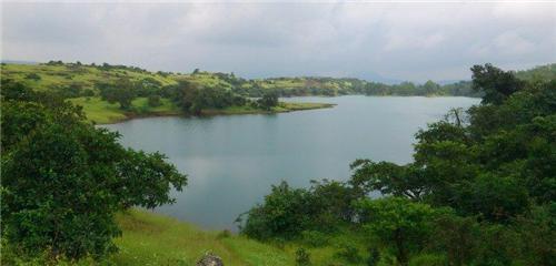 Valvan Dam Near Lonvala