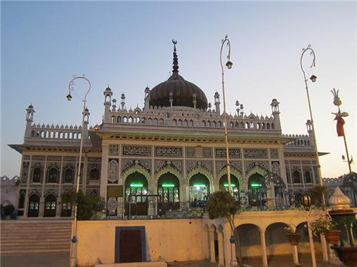 Chhota Imambara Lucknow Location