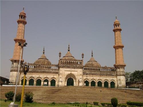 Asafi Masjid Lucknow History