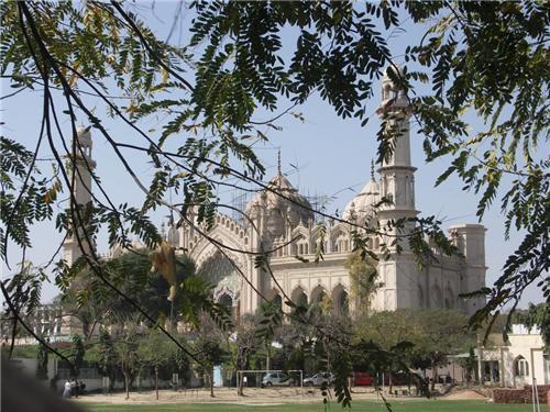 Lucknow Jama Masjid