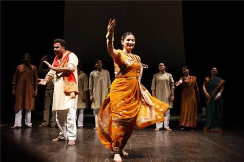 Performing arts in Maharashtra