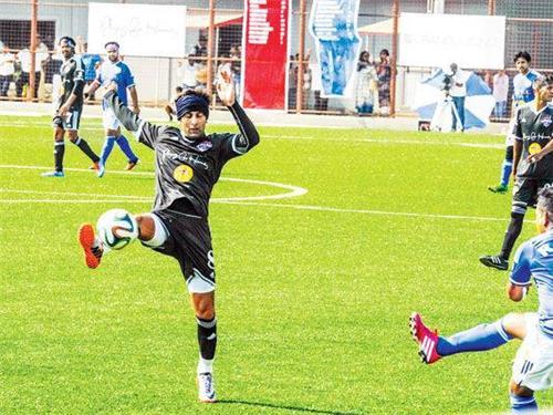 Football in Mumbai