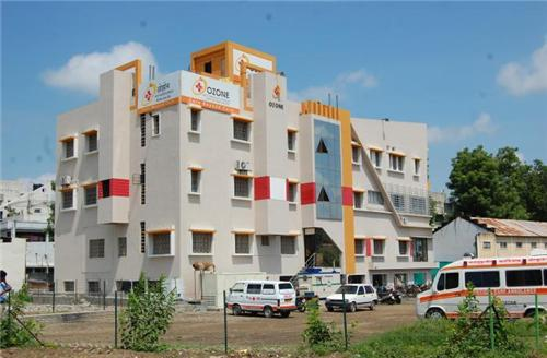 healthcare facilities in Akola