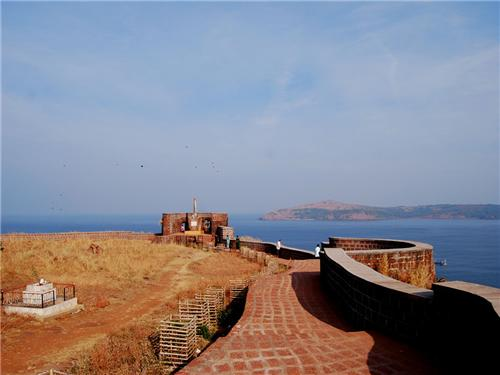 Ratnadurg Fort