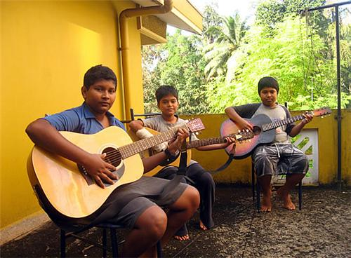 Instrument classes in Mangalore