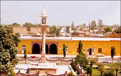 Jain Chaurasi Temple Mathura Aarti