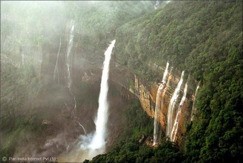 Nohkalikai Falls in Cherrapunjee, Meghalaya