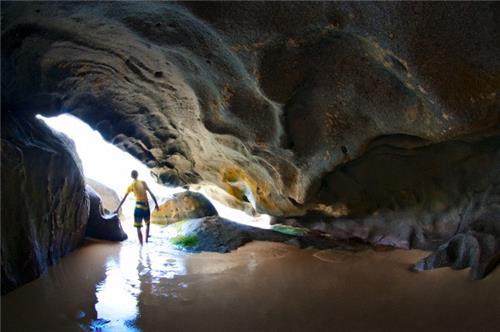 Pukzing Cave