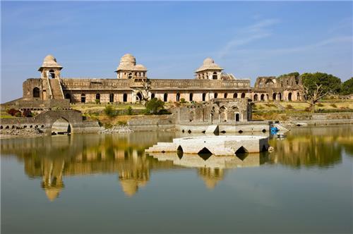 Big Palaces in Madhya Pradesh