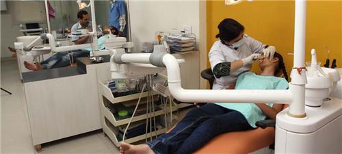 Dentistal Clinics in Chhatarpur