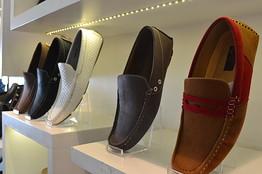 Footwear Shops in Khargone
