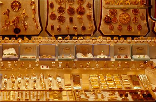 Jewelry shops in Narsinghpur