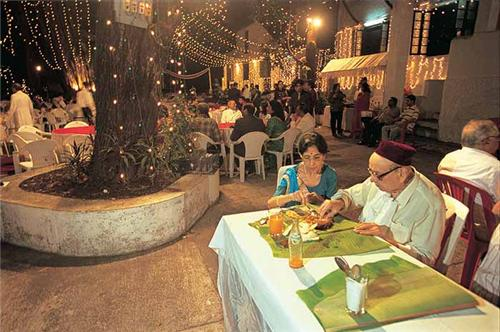 Parsi Restaurants in Mumbai