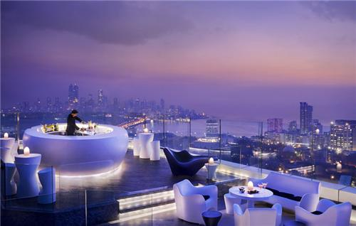 AER Rooftop Restaurant in Mumbai