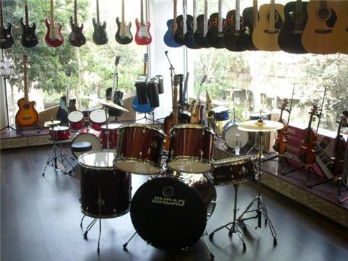 music instrument shops in mumbai music stores in mumbai city. Black Bedroom Furniture Sets. Home Design Ideas