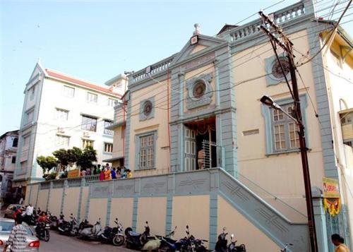 Meherjirana Library Navsari