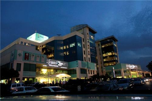 max hospital noida