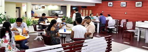 Restaurant at Hotel Gold in Panipat