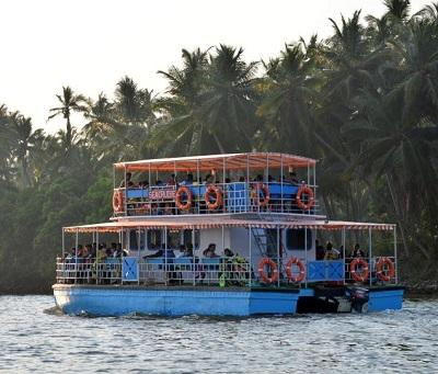 Motor Boat Ride at Chunnambar