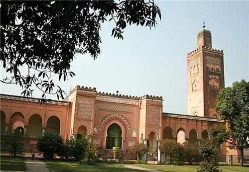 Unique Moorish Mosque